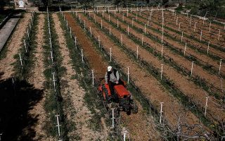 farmers-set-to-bring-protest-to-athens