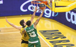 green-hoopsters-recover-to-beat-aris-away
