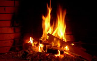 fireplaces-polluting-homes-experts-warn