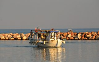 greek-fisherman-detained-by-turkish-coast-guard