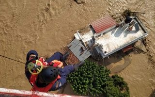 sudden-storm-floods-evia-7-people-found-dead-1-missing