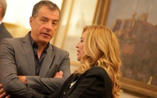 pasok-and-potami-leaders-to-meet-amid-talk-of-cooperation