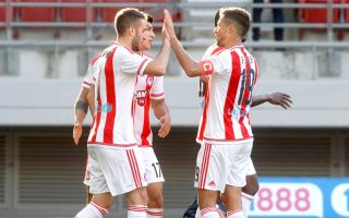 olympiakos-three-points-away-from-clinching-title