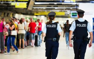 greek-travelers-face-odyssey-at-german-airports