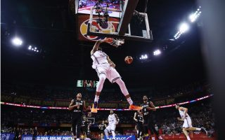 antetokounmpo-scales-new-heights-at-all-star-game