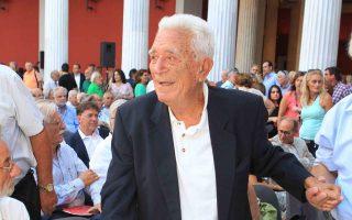 veteran-journalist-politician-yiannis-kapsis-dies