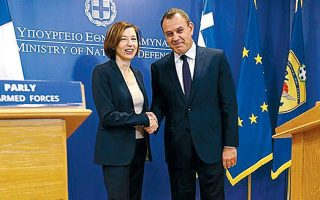 greek-french-defense-ministers-discuss-turkish-transgressions0