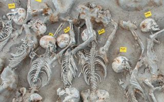 compromise-reached-to-protect-ancient-mass-grave-in-southern-athens