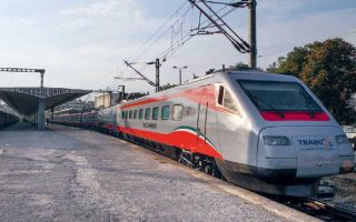 trains-suburban-railway-to-operate-normally-on-tuesday
