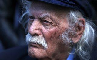 resistance-hero-manolis-glezos-dies-aged-97
