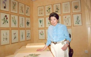 prominent-philanthropist-and-botanical-painter-niki-goulandris-dies