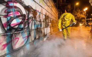 central-athens-street-purged-of-graffiti-after-20-day-cleanup-campaign0