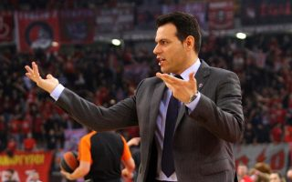 cska-moscow-amp-8217-s-greek-coach-tests-positive-for-coronavirus0