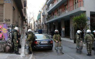 police-to-probe-botched-raid-in-exarchia