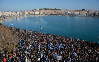 greek-island-mayors-press-government-to-lighten-migrants-overload