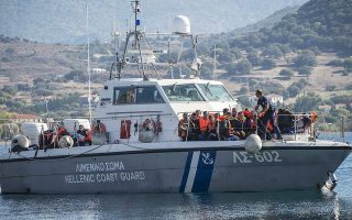 migrant-vessel-escorted-to-safety-in-rough-seas-off-crete0