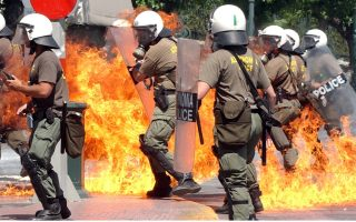 more-than-170-officers-burnt-by-petrol-bombs-official-says