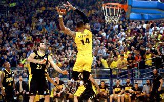 aris-beats-aek-to-rise-to-third-in-basket-league