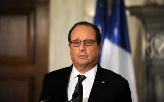 hollande-vows-no-concessions-to-turkey-on-rights-visas-in-migrant-deal0