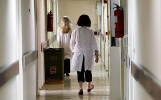 thessaloniki-authorities-check-private-nurses