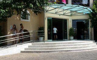hotel-restaurant-hirings-boost-labor-market