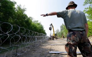 border-fences-will-not-stop-migrants-heading-to-europe-think-tank-says