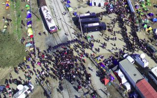 un-70-000-migrants-could-get-trapped-in-greece