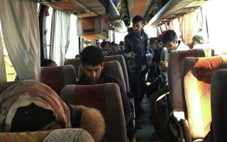 refugees-and-migrants-lose-hope-as-greece-s-northern-border-shuts-for-forseeable-future