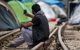 migrant-deal-at-risk-as-turkey-deemed-unsafe-by-greek-court