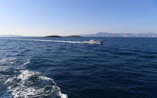 despite-imia-calm-turkish-ships-remain-in-vicinity