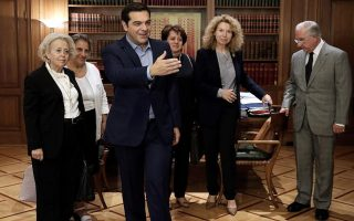 top-greek-judges-dismiss-criticism-of-tsipras-meeting
