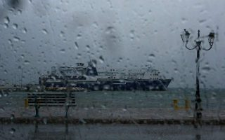 agia-marina-nea-styra-ferry-service-suspended-due-to-strong-winds