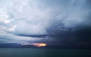 2020-to-end-with-stormy-weather-and-winds