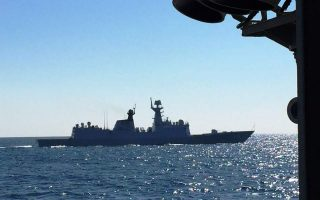 frigate-runs-aground-in-saronic-gulf-no-injuries-or-leaks-reported