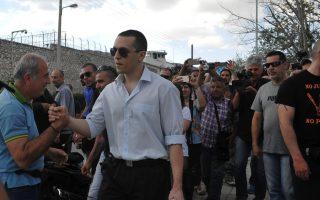 golden-dawn-spokesman-kasidiaris-released-from-custody
