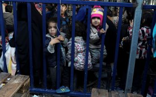 berlin-to-take-up-to-100-children-from-greek-refugee-camps