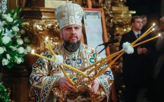 head-of-newly-independent-ukrainian-orthodox-church-enthroned