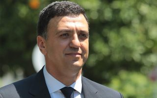 kikilias-discusses-need-for-coordination-over-covid-19-with-spahn