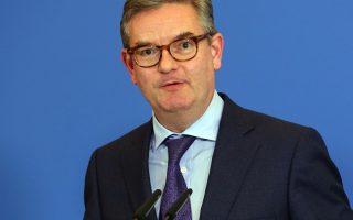 eu-official-warns-of-jihadist-influx