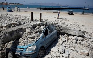 kos-dusts-itself-off-after-deadly-quake-hits-island