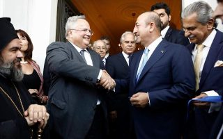 turkey-criticizes-greece-for-granting-asylum-to-servicemen