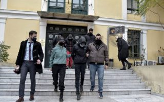 brothers-jailed-for-attacking-subway-stationmaster-in-greece0