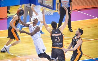 battle-for-a-top-four-finish-in-the-basket-league-goes-on
