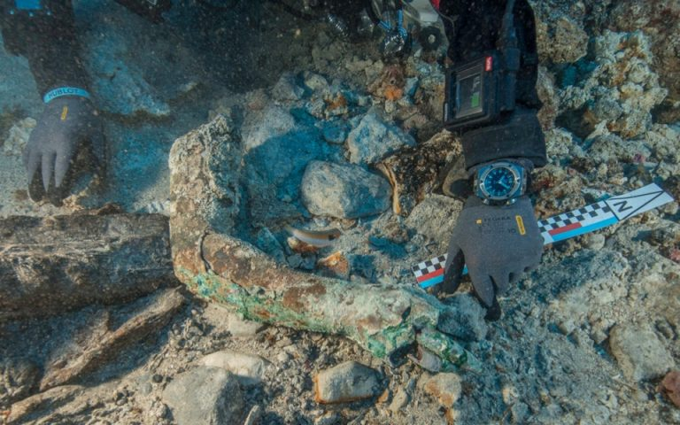 rich-ancient-shipwreck-off-greece-yields-more-bronze-statues-video0