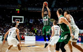greens-miss-chance-for-a-break-in-madrid