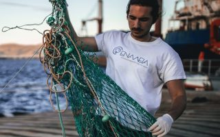 fifth-generation-piraeus-fisherman-named-europe-s-young-champion-of-the-earth0