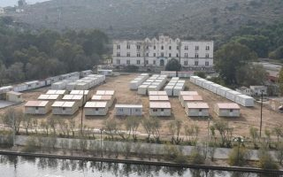 tsipras-to-inspect-amp-8216-hot-spots-amp-8217-on-chios-leros
