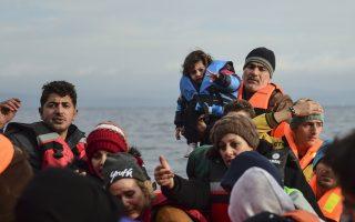 eu-presses-greece-over-migrants-weighs-schengen-threat