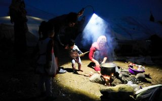 refugee-situation-in-greece-is-amp-8216-unsustainable-amp-8217-25-ngos-say-in-letter