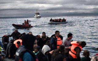 police-clash-with-migrants-at-lesvos-camp-for-second-time-in-a-week